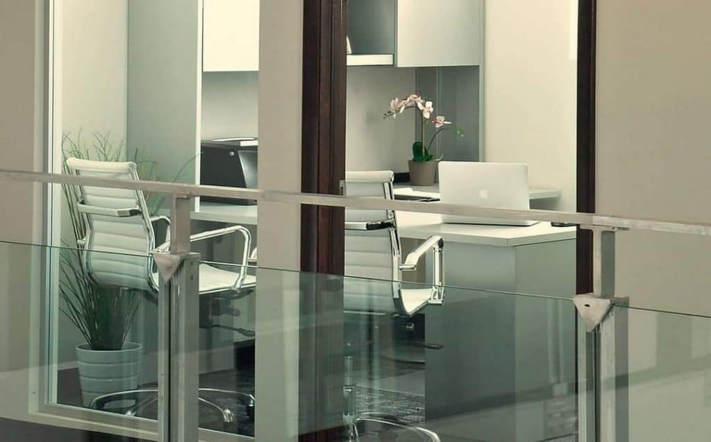 Difference Between an Executive Suite and Conventional Office Space